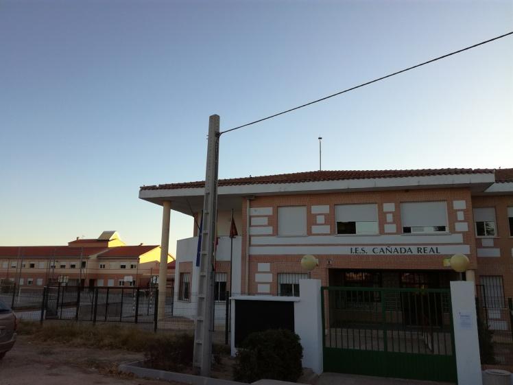 Visión panorámica centro educativo I.E.S Cañada Real
